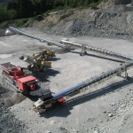 2-x-TT643-Mobile-Link-Conveyors-feeding-Overland-conveyor-from-Kleemann-MC-140Z4